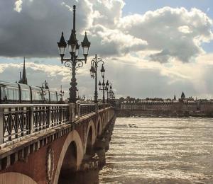 Date et taux de taxe foncière à Bordeaux